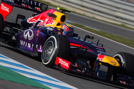 jerez f1 testing mark webber wants red bull to fix. Black Bedroom Furniture Sets. Home Design Ideas