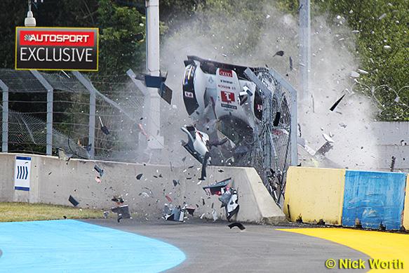Le Mans 24 Hours Cause Of Loic Duval S Crash Still