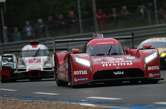 nissan says le mans test day was positive for new gt r lm nismo wec news. Black Bedroom Furniture Sets. Home Design Ideas